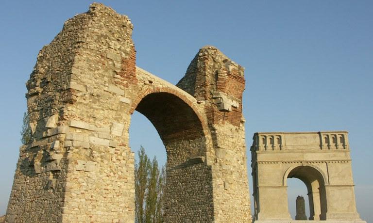Die Römerstadt Carnuntum ist ein Ort voller Geheimnisse, die nur auf ihre Erforschung warten. Wir wollen fünf von ihnen lüften.