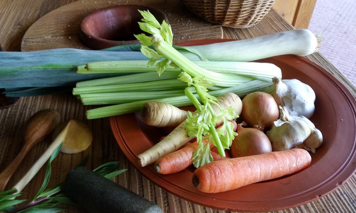 Die Puls, ein Getreidebrei, ist das römische Nationalgericht. Als Standardbeilage zu jeder Mahlzeit brachte es den Römern nicht zuletzt den Spitznamen pultiphagi (Pulsfresser) ein.