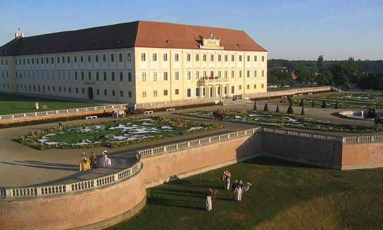 Das Marchfeldschloss Schloss Hof.