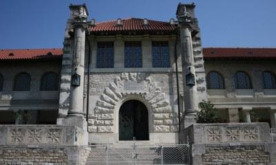 Inaugurated in 1904, Carnuntum's treasury in Bad Deutsch-Altenburg is the Roman City's oldest museum location.