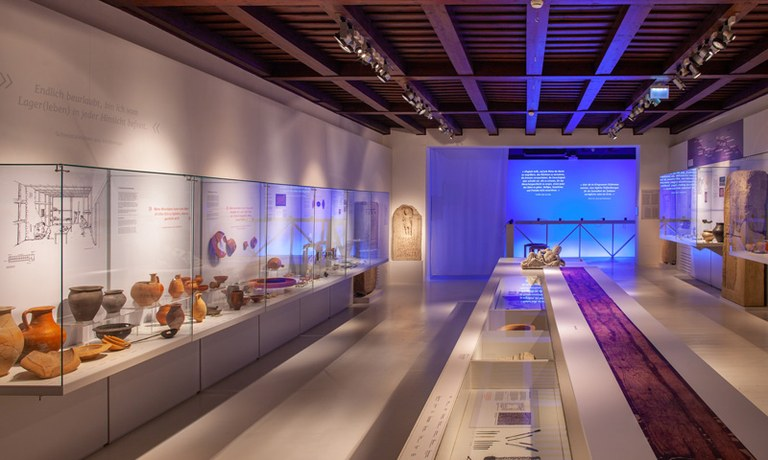 """Museum Carnuntinum je klenotnica Carnunta. V aktuálnej výstave """"Rímska orlica"""" prezentuje múzeum množstvo obdivuhodných archeologických nálezov na tému rímskeho vojska."""